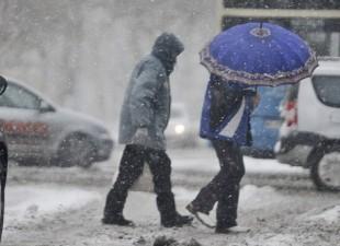 Danas i sutra još više snega, uz olujne vetrove