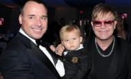 Elton Džon demantovao da je dobio dete