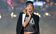 Rita Ora zvezda nove DKNY RESORT kampanje za 2014. godinu