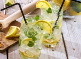 Voda za detoksikaciju: Četiri magična sastojka