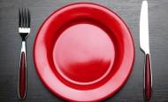 Crvena boja za manji apetit, plava za kreativnost