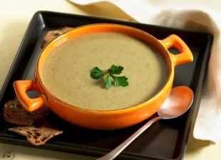 Supa sa brokolijem i pasuljem