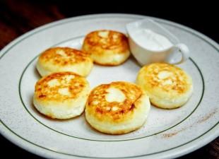 Ruske pogačice (sirniki) sa sirom
