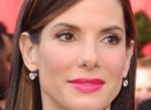 Sandra Bulok u junu na dodeli MTV nagrada